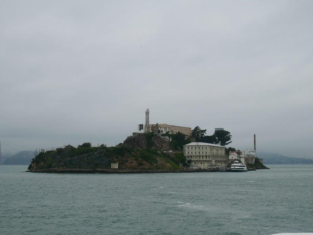 Alcatraz - vue depuis le ferry à San Francisco