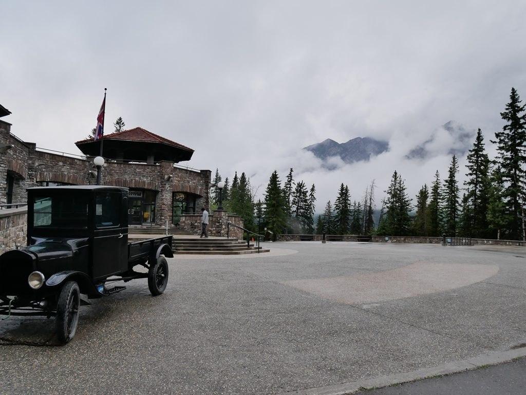 Cave and Basin à Banff - extérieur