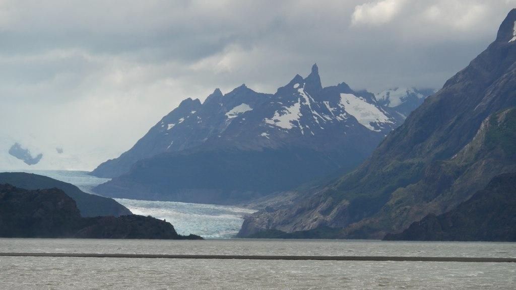 Glacier Grey depuis l'hotel Grey