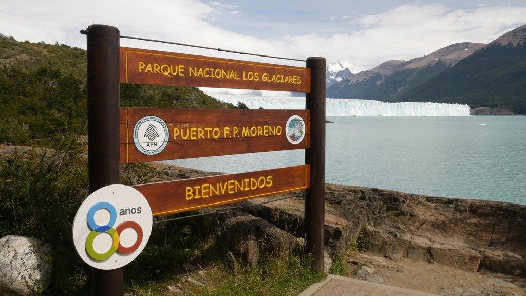 Panneau d'entrée du parc des glaciers