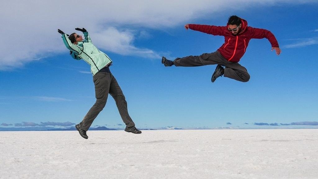 Photo de touristes dans le Salar Uyuni - Sud Lipez