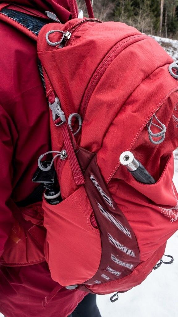 5 Différents rangements possible sur le Osprey Escapist 25
