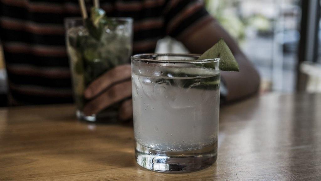 Cocktail five element hostel visiter Francfort