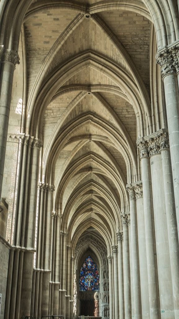 Interieur Cathedrale Reims